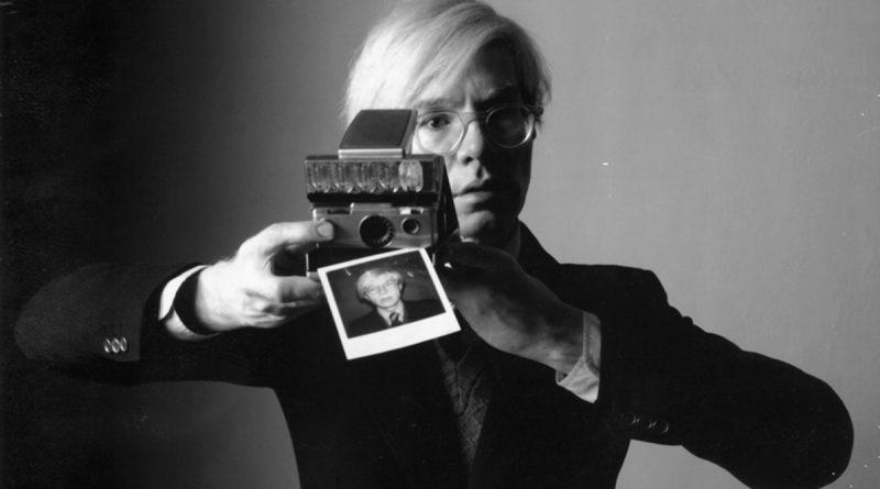 Andy Warhol et son Polaroïd